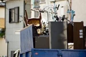 不用品処分はオプションサービスとしてほとんどの引越し業者が提供している
